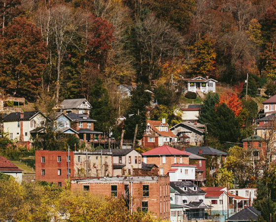 Homes in eastern kentucky on a hillside.