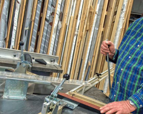 Creative Framing is a business in Perry County, Kentucky.