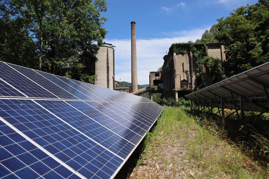 Solar panels in Lynch, Kentucky power a water plant